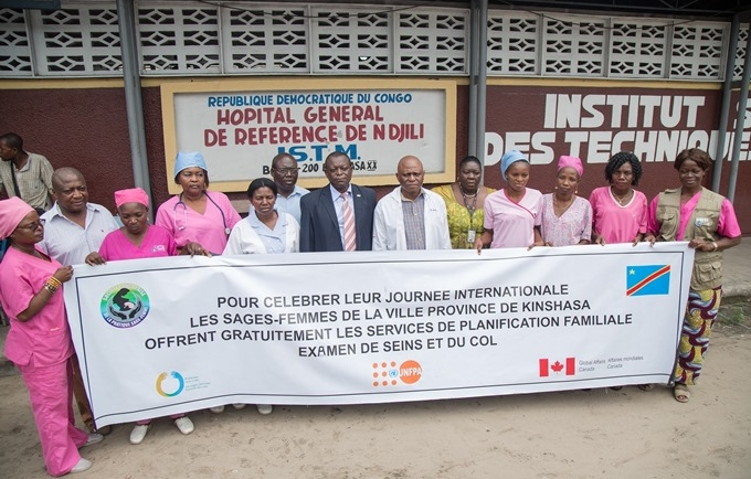 es sages-femmes près de la communauté pour apporter des services de maternité de qualité